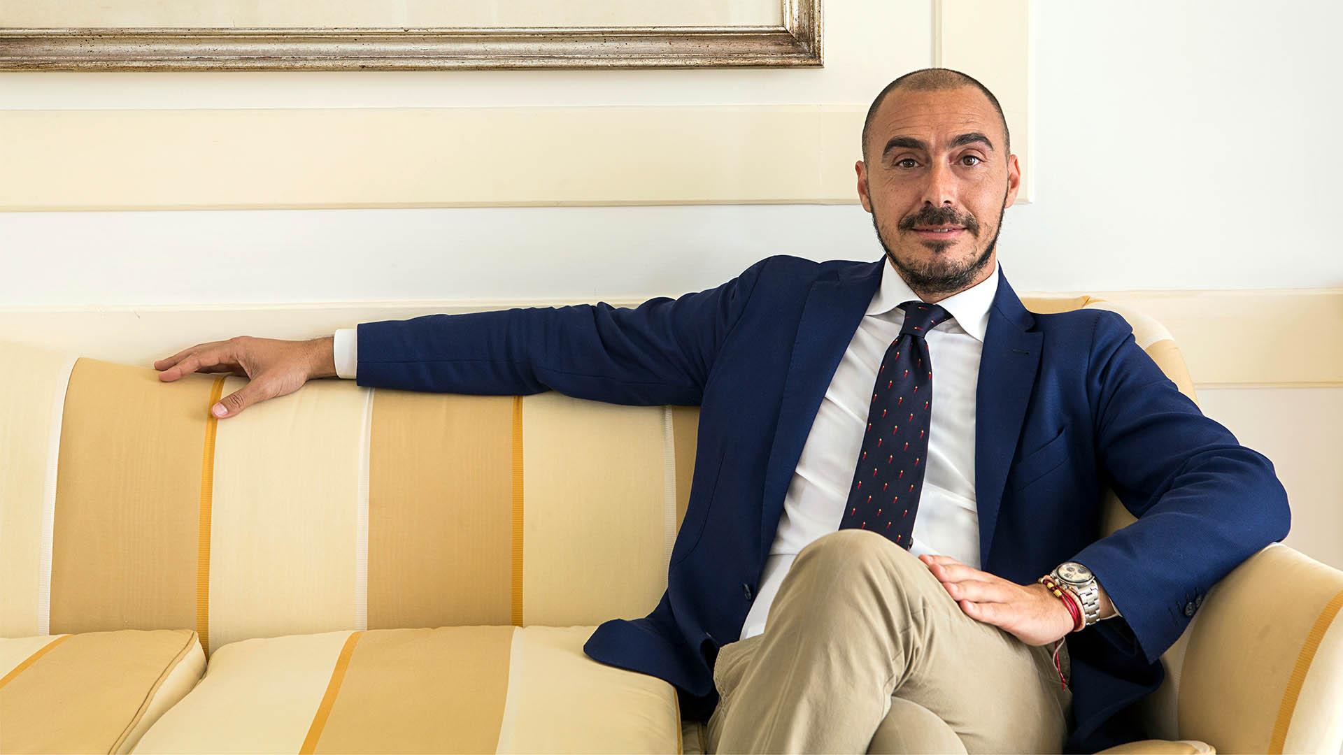 Independent Minds: Salvatore Madonna, Hotel Byron