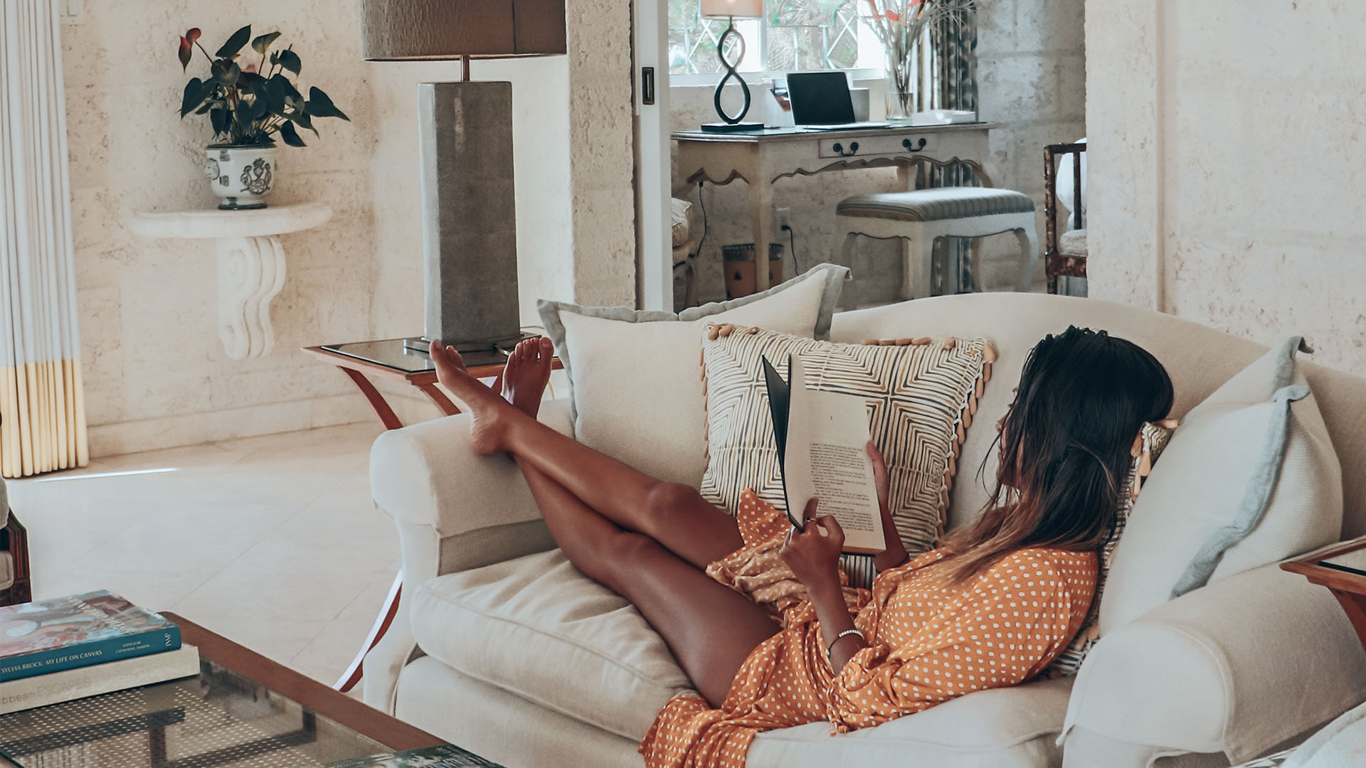 Our lockdown reading list: 5 travel books to keep you inspired