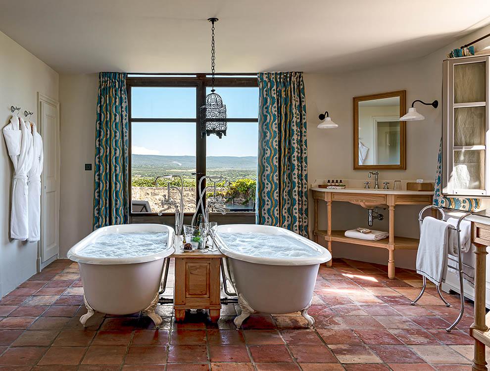 Suite Prestige Ventoux Bathroom