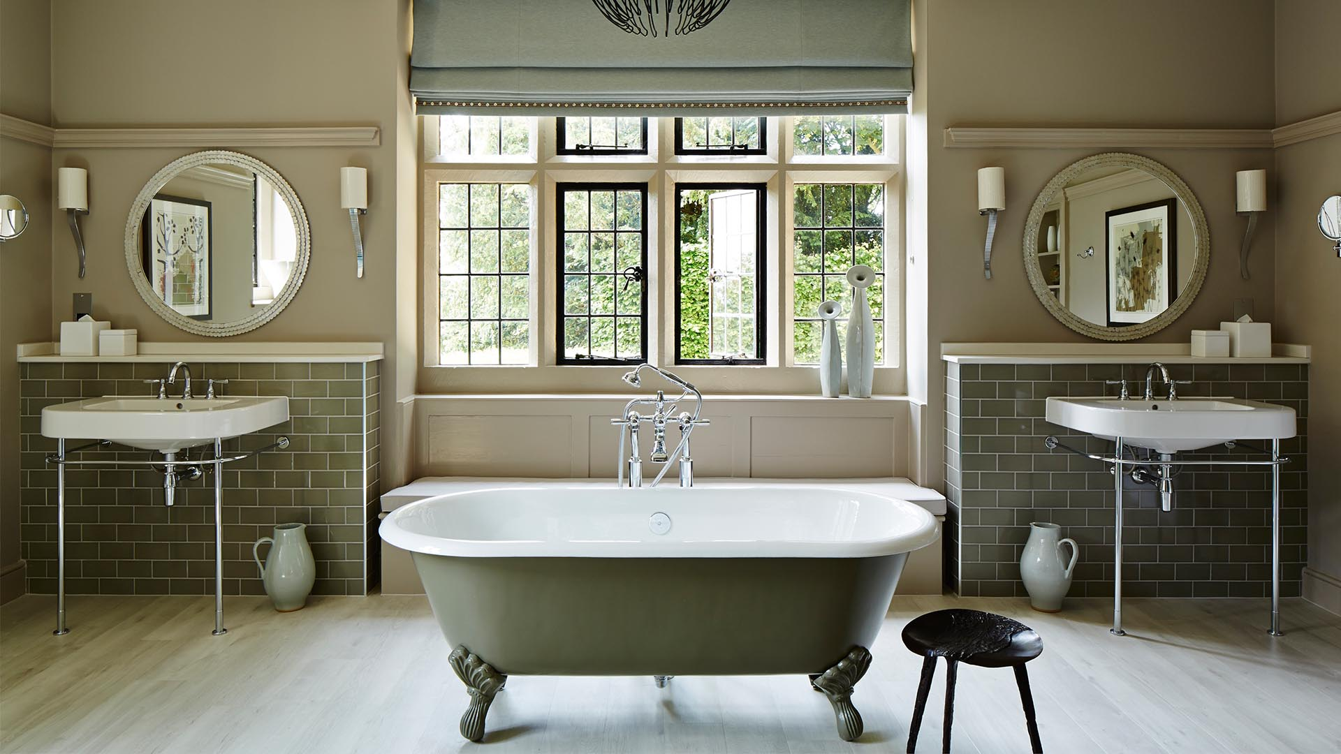 20 beautiful bathtubs from boutique hotels
